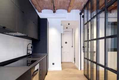 Cozyrenovated apartment in Gracia district of Barcelona